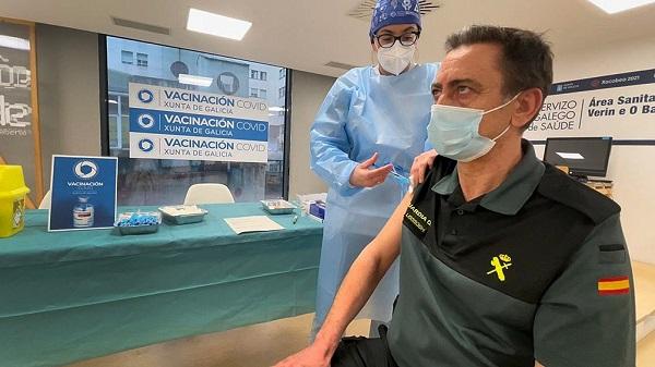Coronavirus: Europa intenta frenar la cuarta ola con restricciones y vacunas
