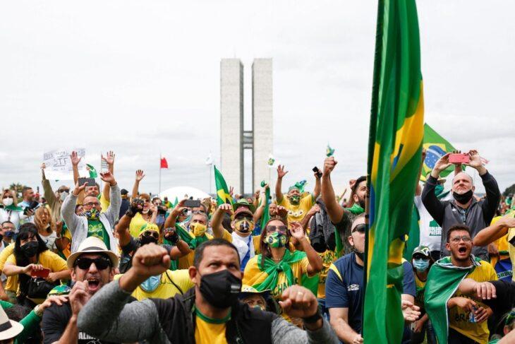 En medio de la segunda ola de Covid en Brasil, se realizaron masivas marchas en apoyo del presidente Jair Bolsonaro