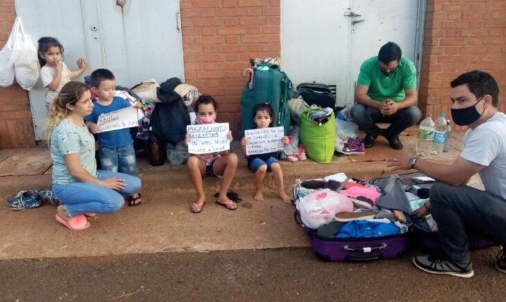 familias argentinas varadas en la frontera