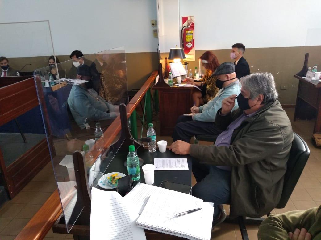 Primer juicio a una asociación ilícita fiscal en Misiones: habían creado  nueve empresas fantasmas y funcionaban en los cafés de Posadas -  MisionesOnline