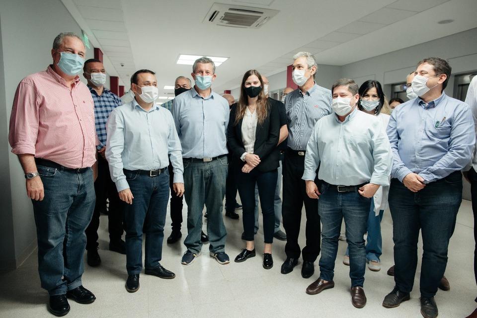 Herrera Ahuad inauguró la UTI del Hospital Samic de Oberá