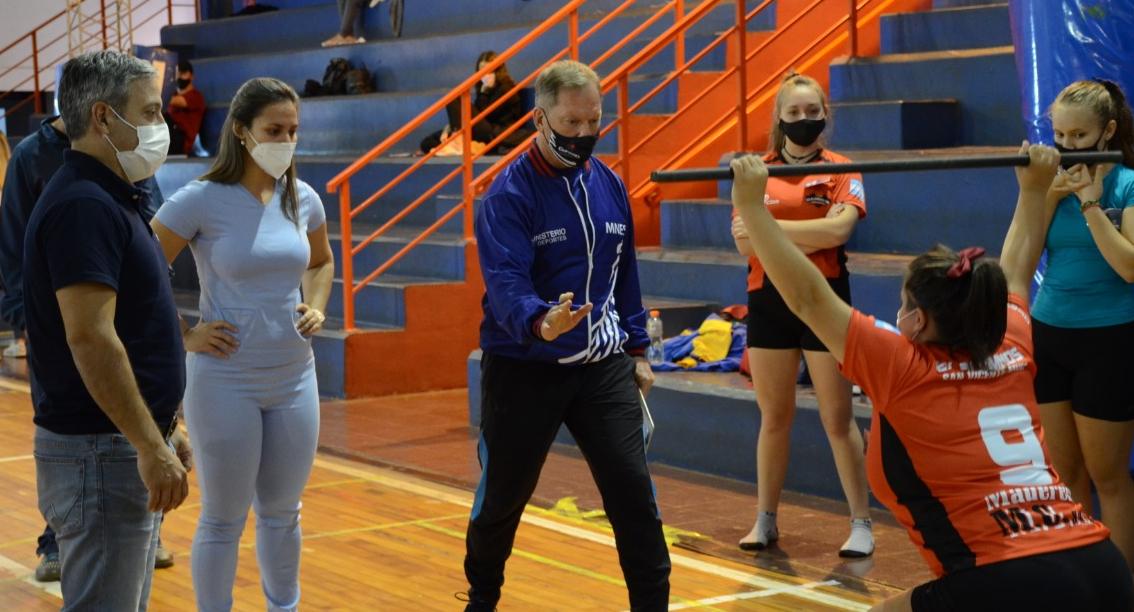 El ministro de deportes pidió paciencia a los clubes misioneros y solicitó a los deportistas respetar los protocolos