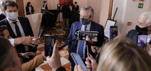 El presidente Alberto Fernández arribó al país luego de su gira europea
