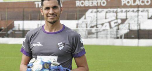 """""""Los jóvenes tienen que luchar por sus sueños, hay que tener constancia para llegar a Primera División"""", expresó Jorge De Olivera, arquero de Platense"""