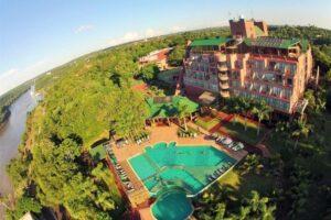 Otoño es turismo en Puerto Iguazú: súper tarifa en el Hotel Amerian, con descuentos especiales para misioneros