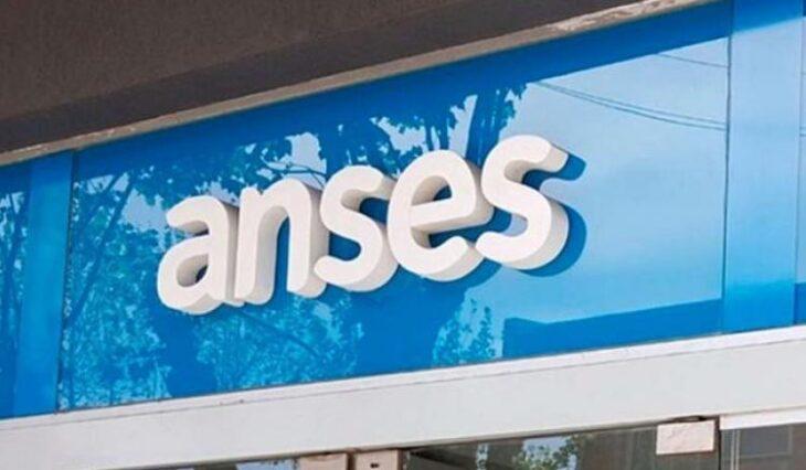 Anses: cobran jubilados y pensionados con ingresos de hasta 25 mil y DNI finalizado en 1