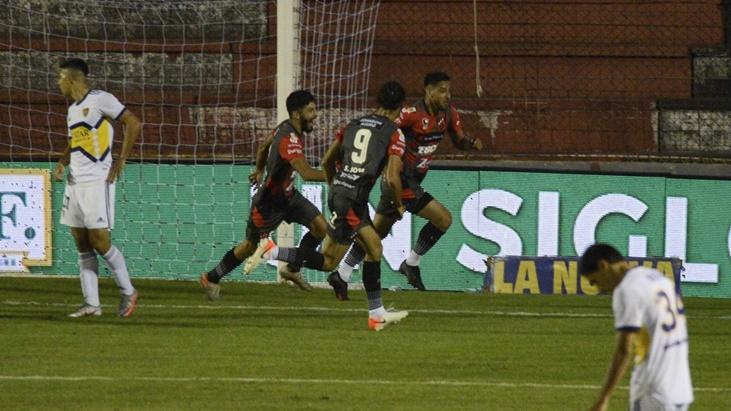 Copa de la Liga: Boca perdió ante Patronato en Paraná por 1 a 0