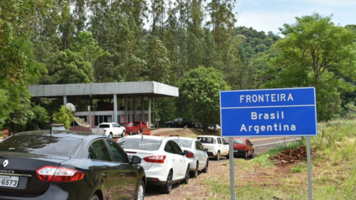 Las fronteras continuarán cerradas hasta el 21 de mayo para el turismo