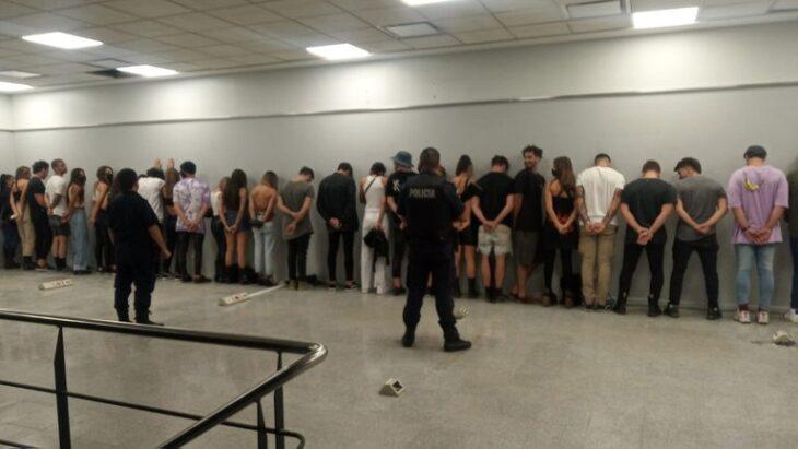 Insólita fiesta clandestina con más de 70 personas y cumbia en vivo en Nordelta: cuatro detenidos y un ex Boca entre los asistentes