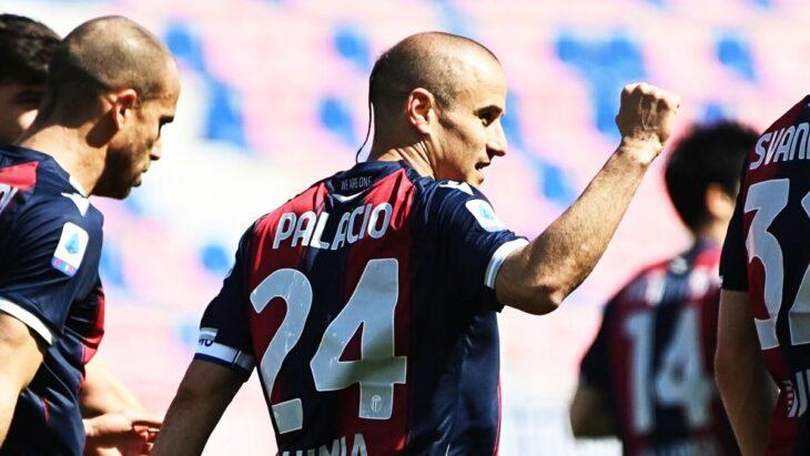Con 39 años, Rodrigo Palacio convirtió un hattrick a la Fiorentina en la Serie A de Italia