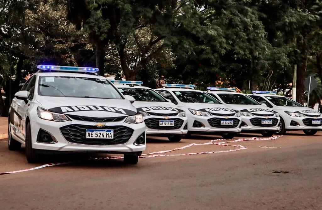 Más móviles policiales para Eldorado