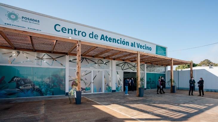 El gobernador Oscar Herrera Ahuad habilitó el nuevo Centro de Atención al Vecino en Posadas