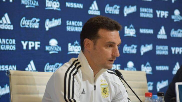 Scaloni ya dio el 11 titular de Argentina para enfrentar mañana a Chile a partir de las 21