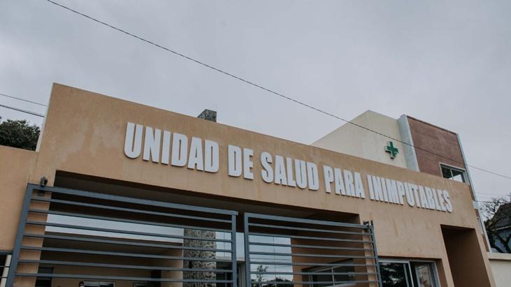 El gobernador Oscar Herrera Ahuad habilitó el Aula Satélite n°1 en la Unidad de Salud de Inimputables del SPP