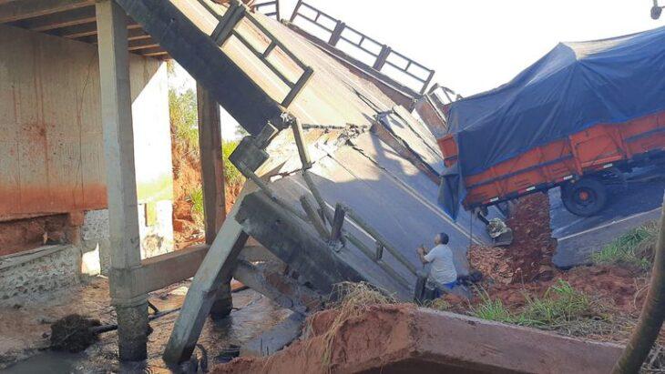 Tras la caída del puente en Paraguay la Fiscalía investigará el hecho como homicidio culposo