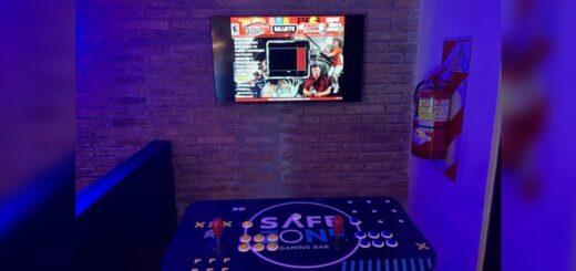 bar gamer
