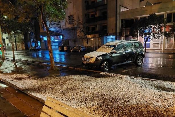 Nevó en la ciudad de Córdoba por primera vez en 14 años