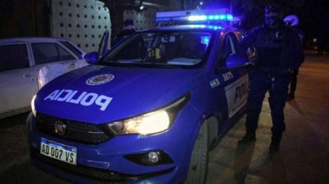 Horror en Córdoba: una menor fue a la comisaría a denunciar a su padre por abuso y la violó un policía