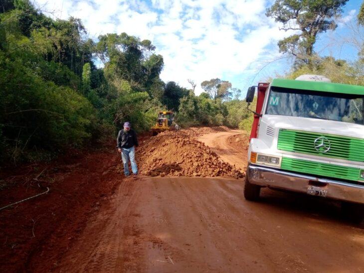 Vialidad Provincial ejecuta el mantenimiento de 140 kilómetros de rutas terradas