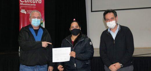Centros de Apoyo Educativos: se entregaron certificados a docentes voluntarios