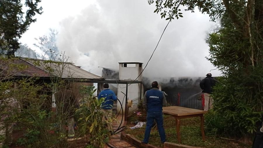 Un muerto al incendiarse una vivienda en El Alcázar