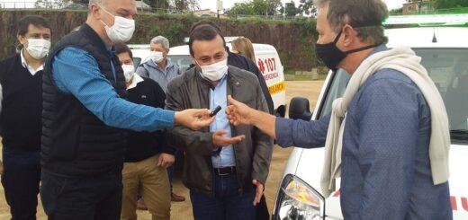 """Herrera Ahuad entregó 19 ambulancias """"para continuar fortaleciendo la red de traslados y cumplir los objetivos trazados en la agenda sanitaria"""""""