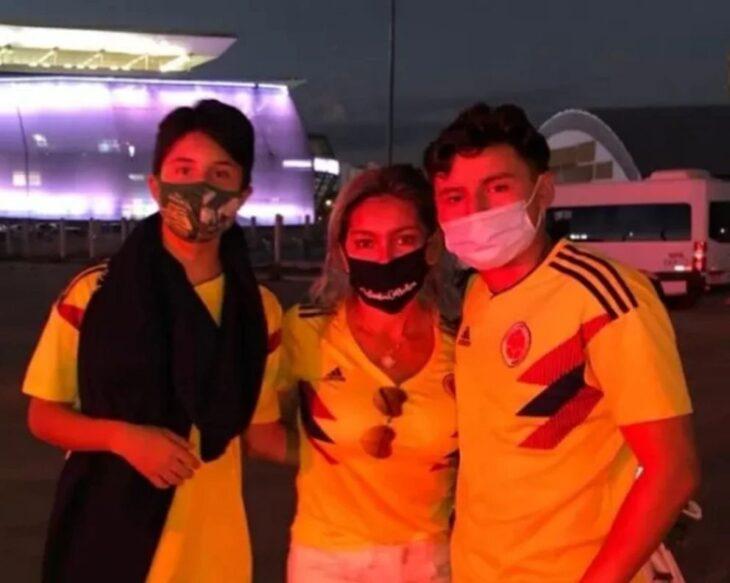 Una familia colombiana viajó a Brasil para ver jugar a la selección de su país y no sabían que era sin público
