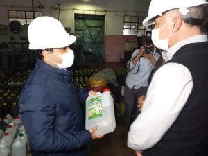 """Herrera Ahuad presenció el inicio de la zafra azucarera y elogió la producción del Ingenio de San Javier, """"que sostuvo la demanda sanitaria de alcohol para hacer frente a la pandemia"""""""