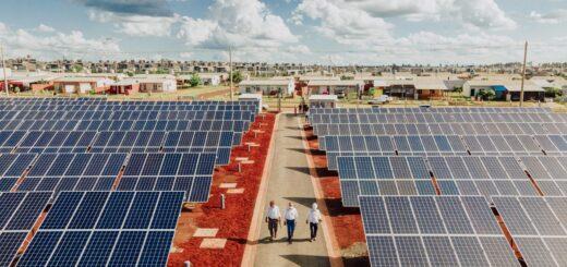 Ciudades sustentables: inauguraron en Itaembé Guazú la primera planta de Energía Fotovoltaica en Misiones
