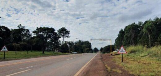 Vialidad Nacional realizará una denuncia y retirará un semáforo de la ruta 12 colocado por el intendente de Puerto Rico