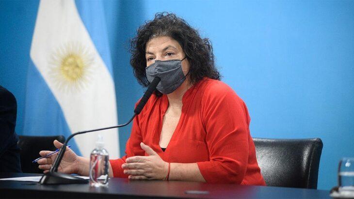 """Carla Vizzotti, ministra de Salud, sostuvo que """"hay gente que decide no vacunarse por las mentiras que se dicen"""""""