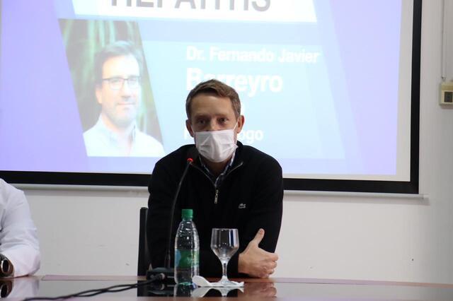 charla formativa sobre hepatitis