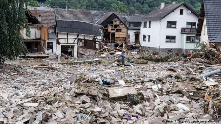 El inédito temporal en el oeste de Europa dejó más de 150 muertos