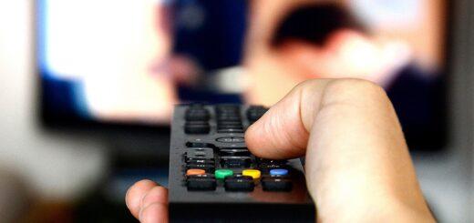 Autorizan subas del 5% en Internet, telefonía fija y TV por cable, retroactivo a julio