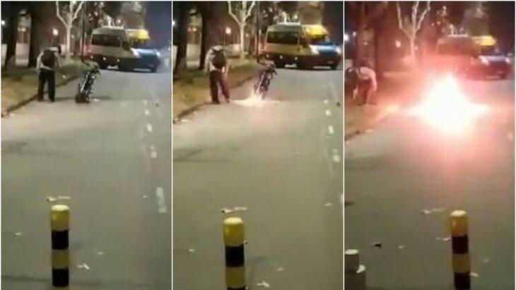 Video viral: prendió fuego su moto para evitar que la secuestren en un control