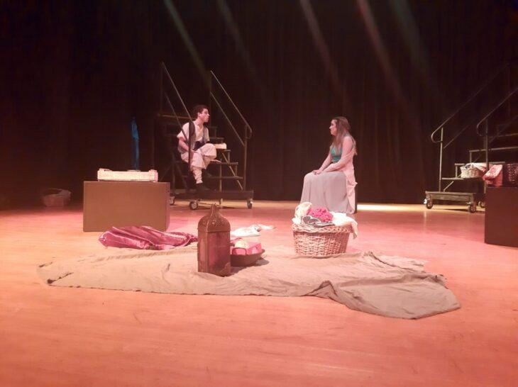 El elenco de la obra El Sueño de Akim realizó su último ensayo antes de su estreno este viernes