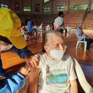 Coronavirus: hoy siguen vacunando con segunda dosis de Sputnik y se achicó a un mes la espera para segundas dosis de Sinopharm y Astrazeneca
