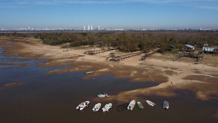 Bajante récord del río Paraná | Lleva 730 días, estiman que continuará hasta diciembre y advierten que podría traer como consecuencia la presencia de algas tóxicas