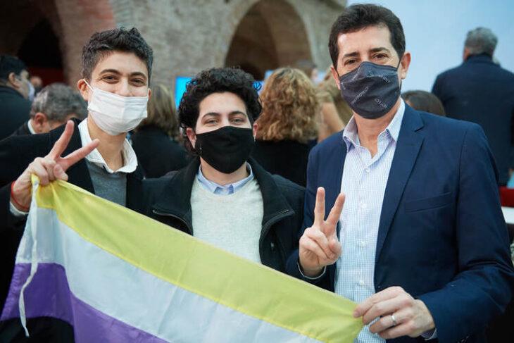 """Wado de Pedro: """"El DNI no binario es una medida histórica que amplía derechos y da un paso más hacia una sociedad más inclusiva, diversa y justa"""""""