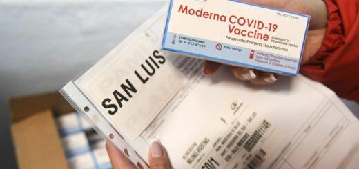 Misiones recibe 25.200 dosis de Moderna para vacunar a los adolescentes de 12 a 17 años con condiciones priorizadas