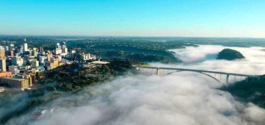 Puente de la Amistad y el Paraná
