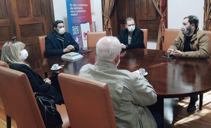 Evalúan actividades y capacitaciones conjuntas entre la UNaM y la Universidad de las Fuerzas de Seguridad de la Provincia