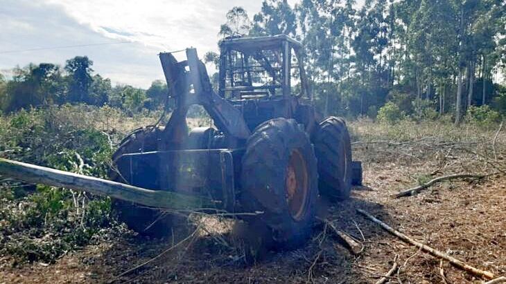 Accidente laboral en San Pedro | Murió un trabajador rural que conducía una topadora y se electrocutó con una línea de alta tensión