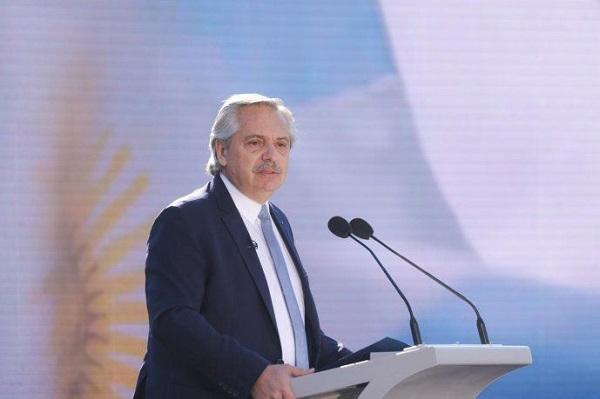 El presidente Alberto Fernández llamó a unirse «contra la impunidad» a 27 años del atentado a la AMIA