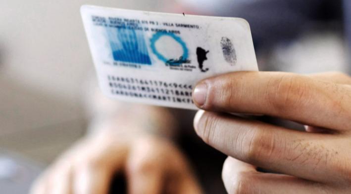Desde el Registro Provincial de las Personas destacaron la puesta en marcha del DNI para personas no binarias en Argentina