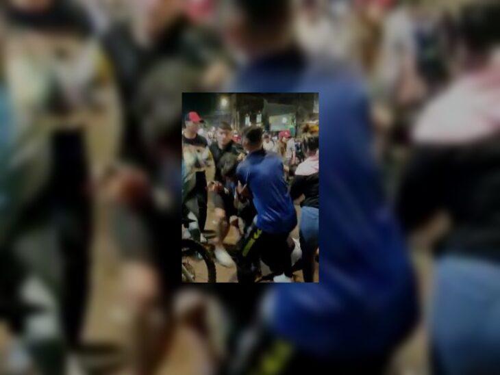 Video | Violenta pelea entre jóvenes en Eldorado durante los festejos por la obtención de la Copa América