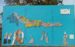 Restauran un mural literario de la Costanera de Posadas