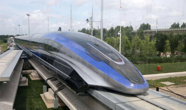 China presenta un tren «levitante» que con 600 km/h es el vehículo terrestre más rápido del mundo