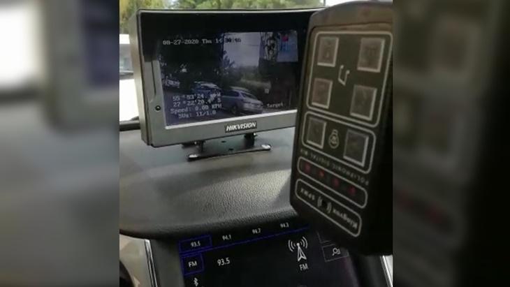 monitomonitores y cámaras en el interior de los móviles de la Policía res y cámaras en el interior de los móviles de la Policía