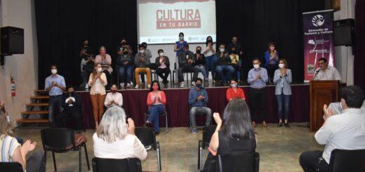 """El programa """"Cultura en tu Barrio"""" fue presentado ayer en Montecarlo"""